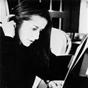 Eléni Karaïndrou