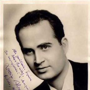 Lorenzo Alvary