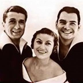 Les Trois Ménestrels