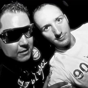 DJ MNS VS. E-Maxx