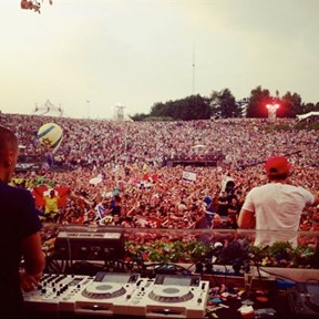 Dimitri Vegas, Moguai & Like Mike