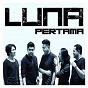 Album Pertama de Luna